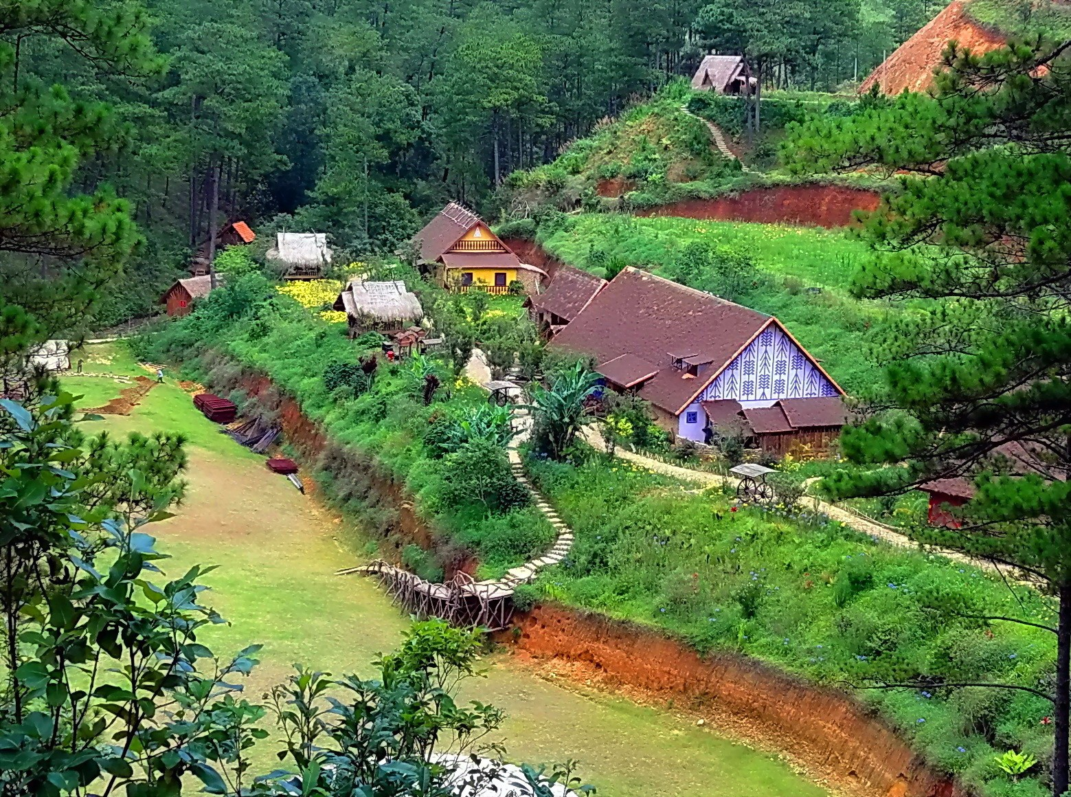 Hình ảnh làng Cù Lần